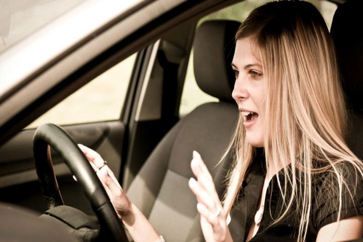 5 thói quen cực xấu dễ gây hại cho phanh ôtô